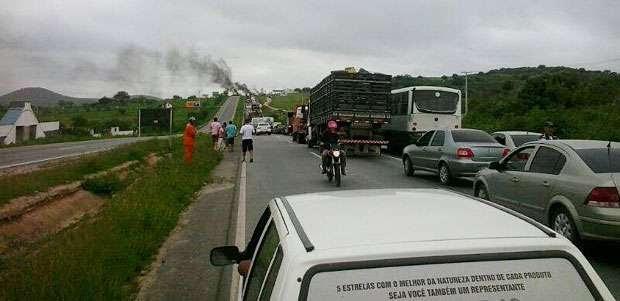 Protestos  fecham rodovias em todo o país (Valéria Barza/Cortesia)