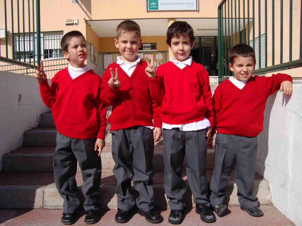 Como são os uniformes escolares em alguns países ao redor do mundo 23