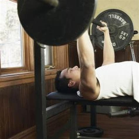muscles   bench press work  healthy living