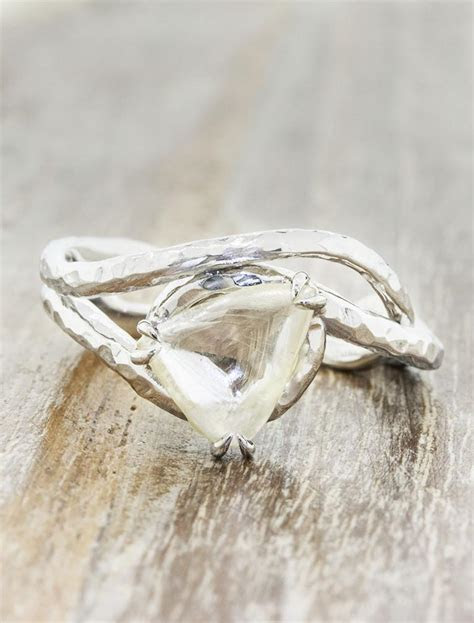 Knolly: Organic & Nature Inspired Raw Diamond Ring   Ken