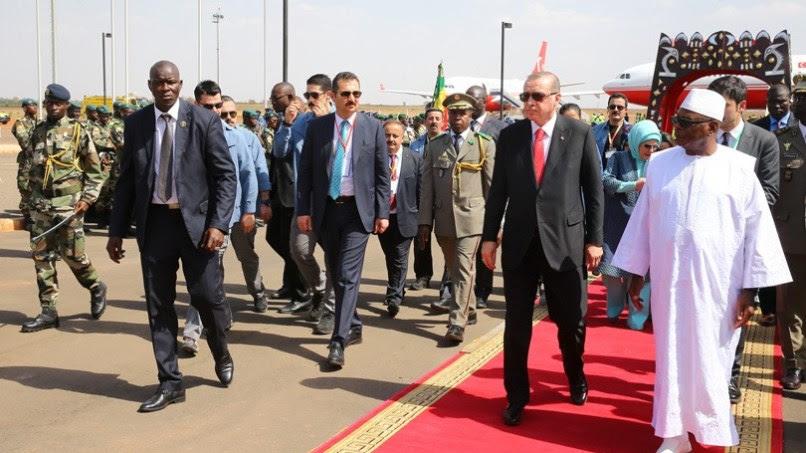 Ο Ταγίπ Ερντογάν με την επιστροφή του τη Δευτέρα θα αποφασίσει για το θέμα των δύο Ελλήνων στρατιωτών.Φωτογραφία Τουρκική Προεδρία.