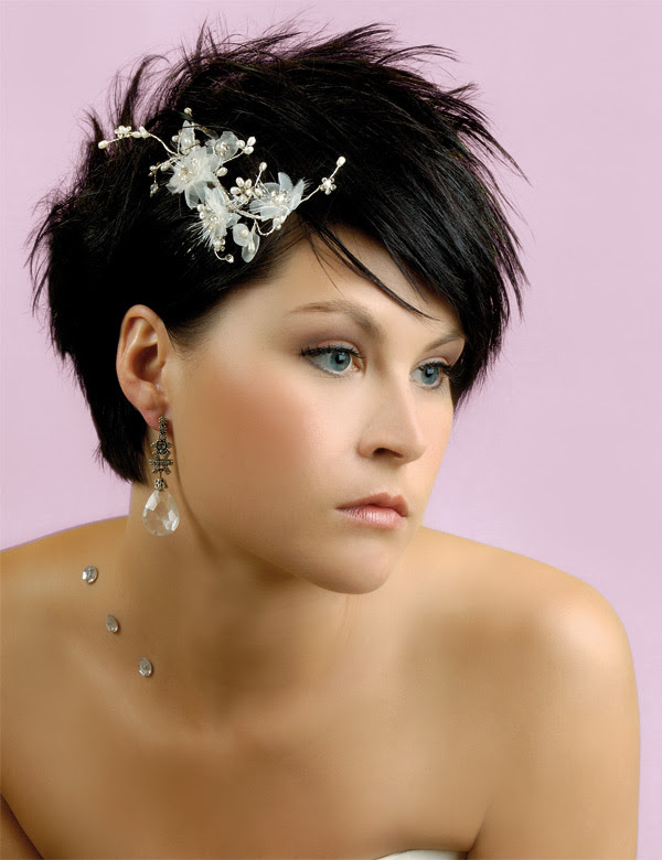 Spikes At Wedding Hairstyles For Very Short Hair Bridal Hair7 Styles Source 4 Bp Blo