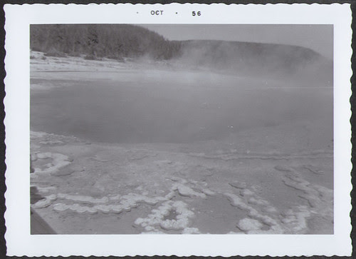 Yellowstone1956_HotSpringBig