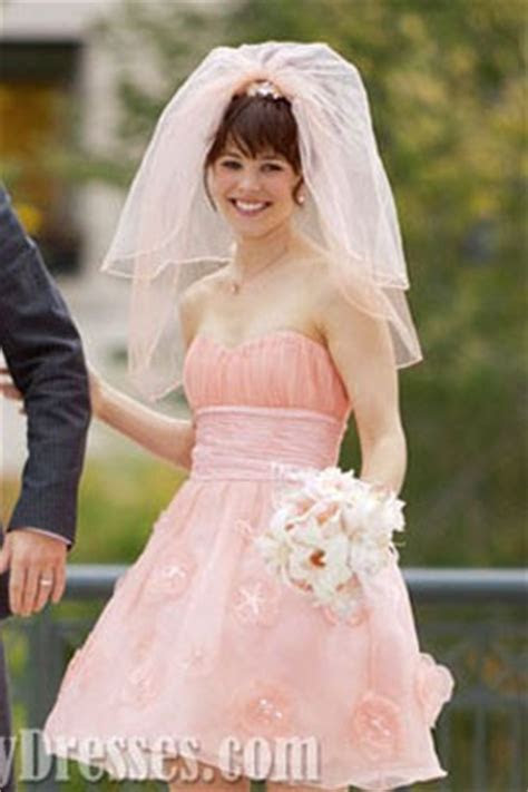 Rachel McAdams Short Pink Wedding Dress In Movie ?The Vow
