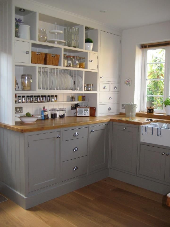 Using two colors in an IKEA kitchen! I need to get to an IKEA to check out these cabinets.