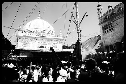 Haji Malang Dargah ...Loban Time Holistically Healing of Possessed People by firoze shakir photographerno1