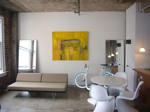 Bkkhome bangkok housing review tips guide news modern for Living room channel 9