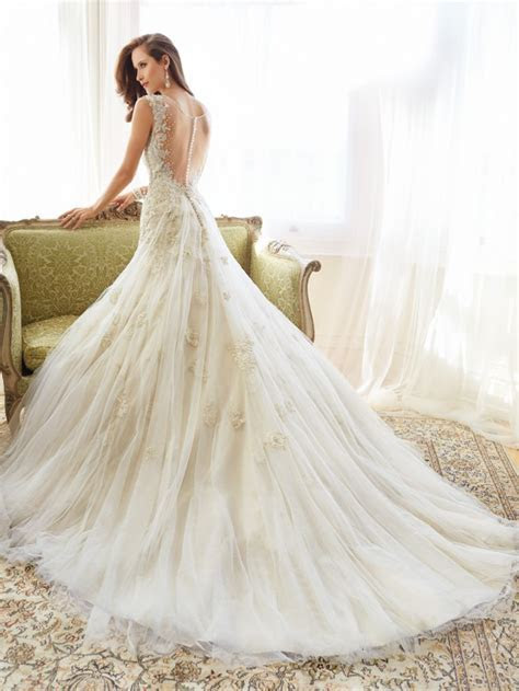 Fascinating Wedding Gowns by Sophia Tolli's Spring 2015