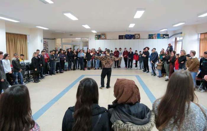 Άρτα: Επίσκεψη προσφυγόπουλων στο Μουσικό Σχολείο Άρτας
