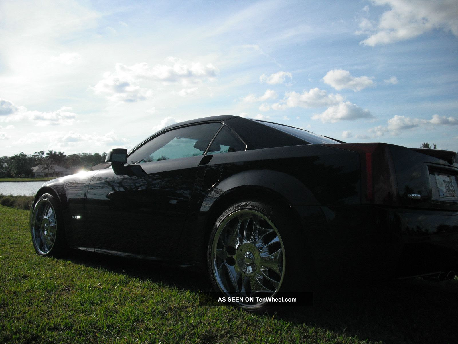 2004 Cadillac Xlr Luxury Vehicle With Sportscar Perfomance