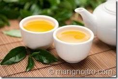 Một tách trà xanh có chứa khoảng 24-45 mg caffeine.