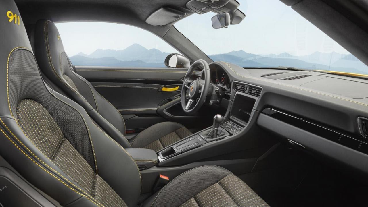 Porsche 911 Carrera T Pour Les Puristes Avec Un Petit