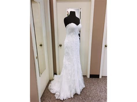 Essense of Australia D1846, $699 Size: 8   Sample Wedding