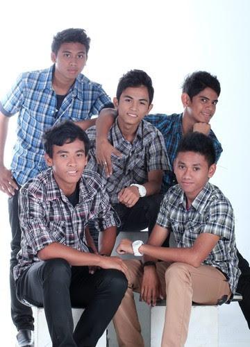 Dilamun Rindu – Qalam Band