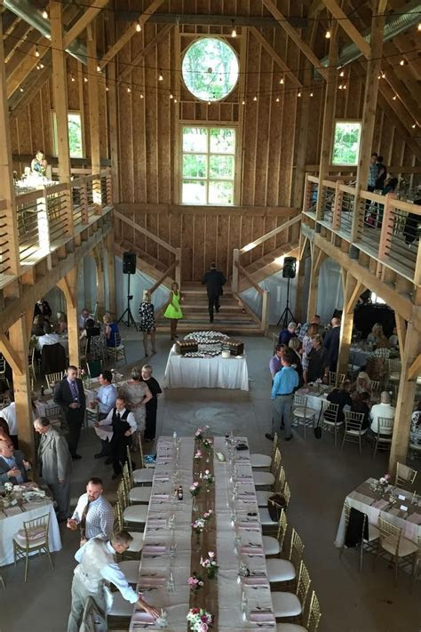 Mapleside Farms: Barn   Outdoor Wedding Locations