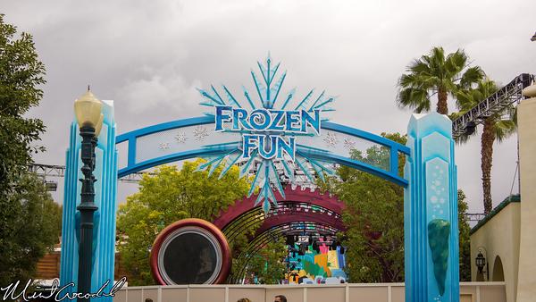 Disneyland Resort, Disney California Adventure, Frozen, Fun, Hollywood, Mad, T, Party