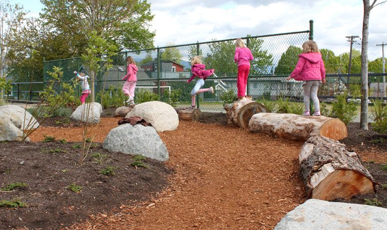 skala-design-natural-playground-playscape-brock-elementary-vancouver3