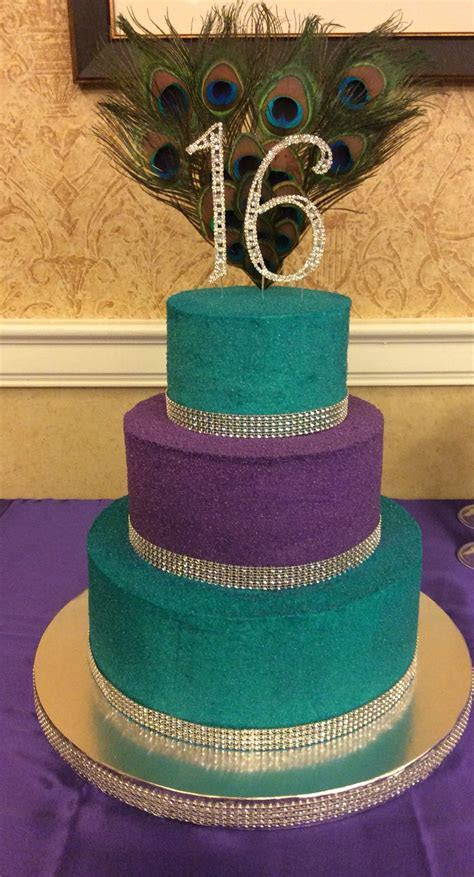 Top 25  best Peacock cake ideas on Pinterest   Peacock