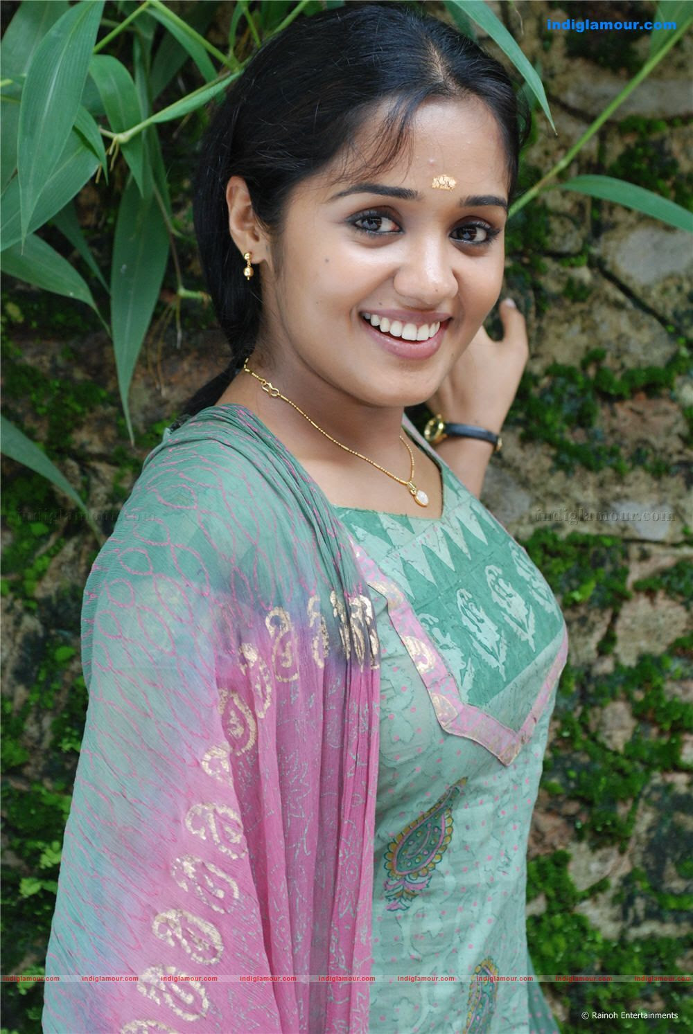 Malayalam Film Actress Ananya Very Hot And Sexy Wallpapers -8259