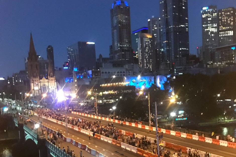 Melbourne lights up as crowds prepare to welcome in 2018