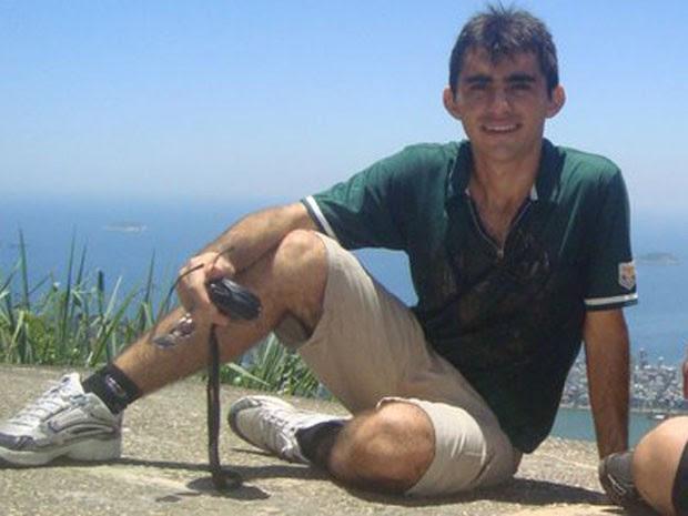 Estudante José Leandro, no alto de morro no Rio (Foto: Wélio Ferreira/Arquivo Pessoal)