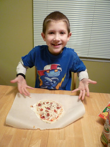 thin-crust-pizza-at-home-04