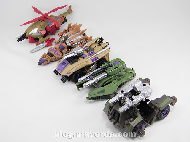 Transformers Bruticus Generations Fall of Cybertron - SDCC Exclusive - Combaticons modo alterno