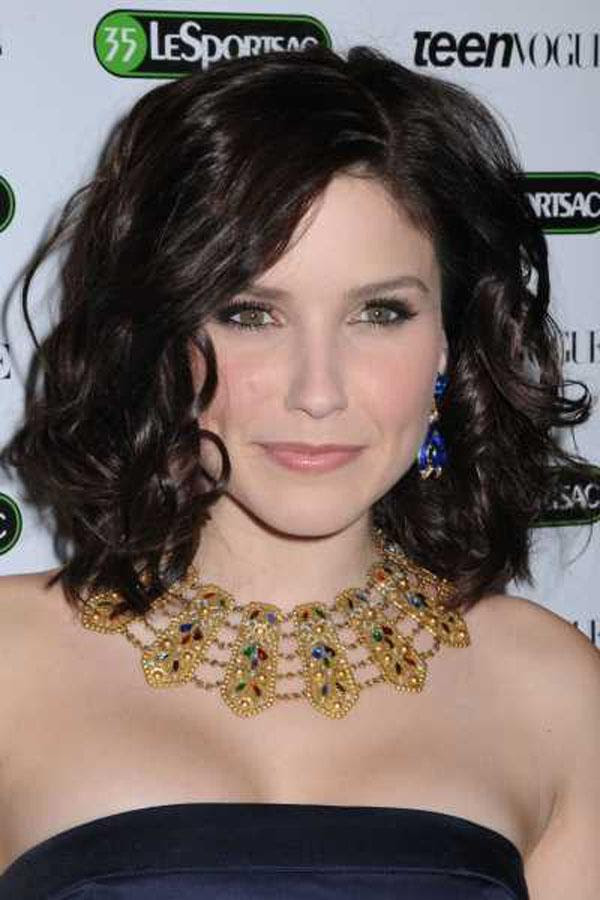 Medium Length Curly Hairstyles For Womens - The Xerxes