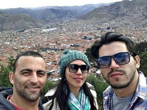 Maycon está no Peru com o casal de amigos Luis Felipe e Janiffe Oliveira (Foto: Arquivo pessoal)
