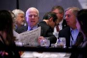 John McCain et Lindsey Graham à Philadelphie la... (REUTERS) - image 3.0