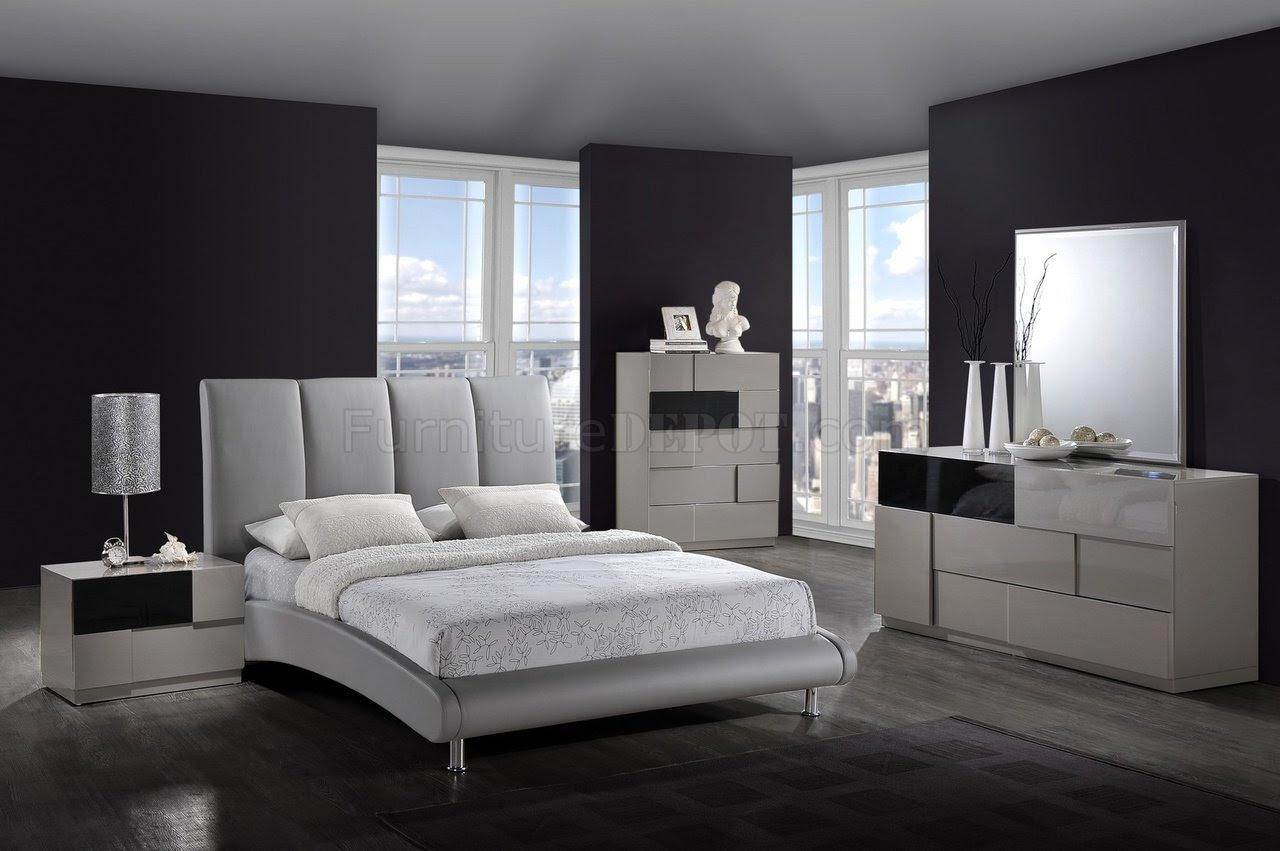 Modern Bedroom 8272-Grey Bed & Optional Bianca Casegoods