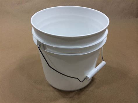berry buckets yankee containers drums pails cans