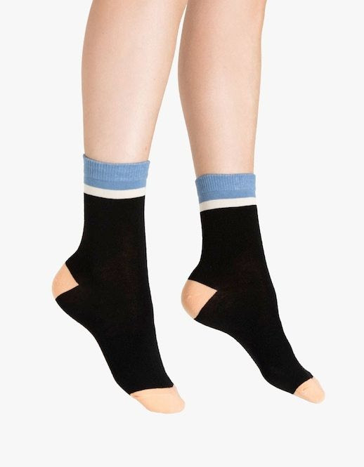 Le Fashion Blog Blue White Black And Nude Color Block Hansel From Basel Socks Via Need Supply