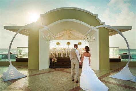Panama Jack Resort Cancun   Modern Destination Weddings