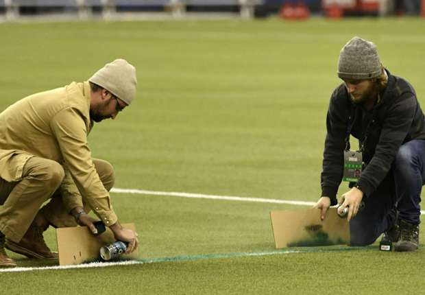 WATCH: Wrong field dimensions delay Montreal-Toronto playoff clash