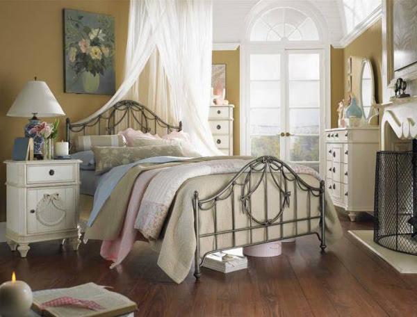 Cottage Bedroom Interior Designs | InteriorHolic.