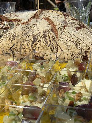 pain et salades waldorf.jpg