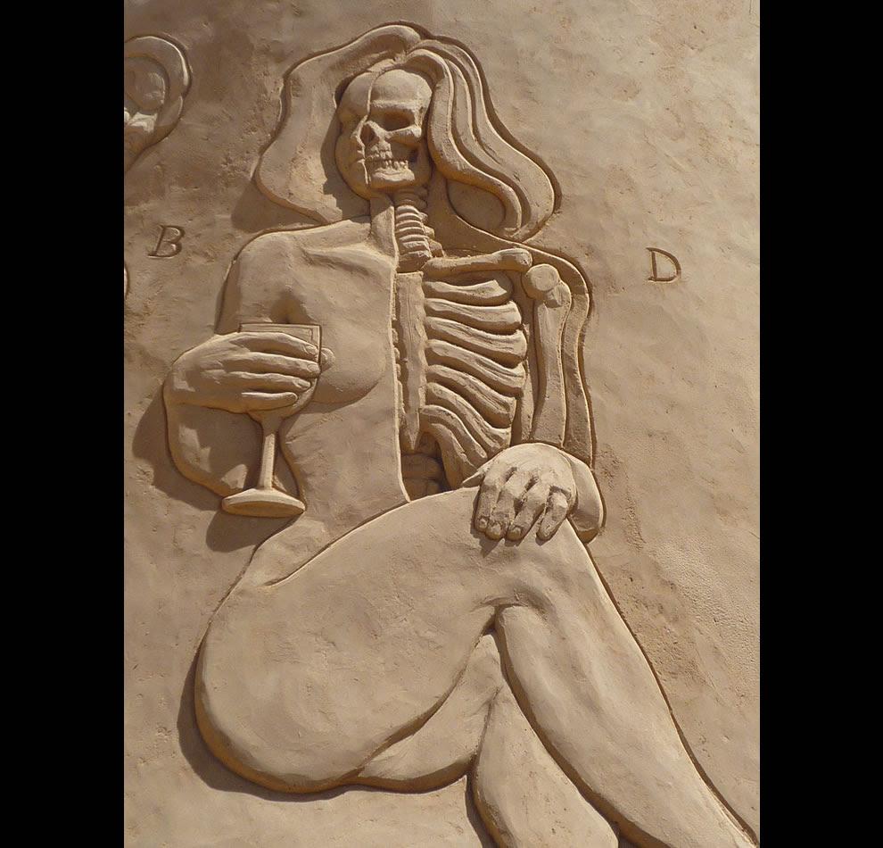 Anatomy in sand a sand sculpture