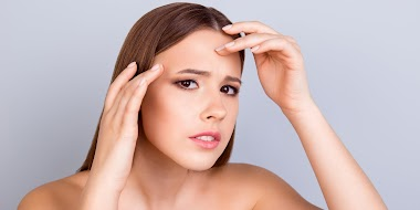 What causes oily skin? 5 Ways to improve your skin care