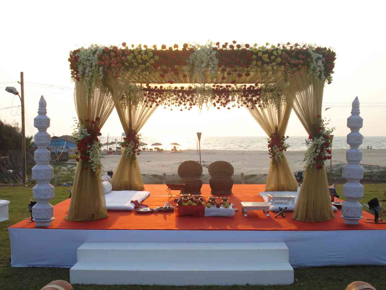 traditional hindu wedding decorations