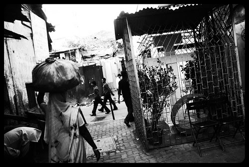 Guided Tour Of The Filthiest Places In Bandra by firoze shakir photographerno1