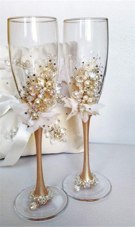 Personalized wedding flutes, wedding champagne glasses