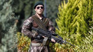 Un militar turc després del cop fallit a Turquia