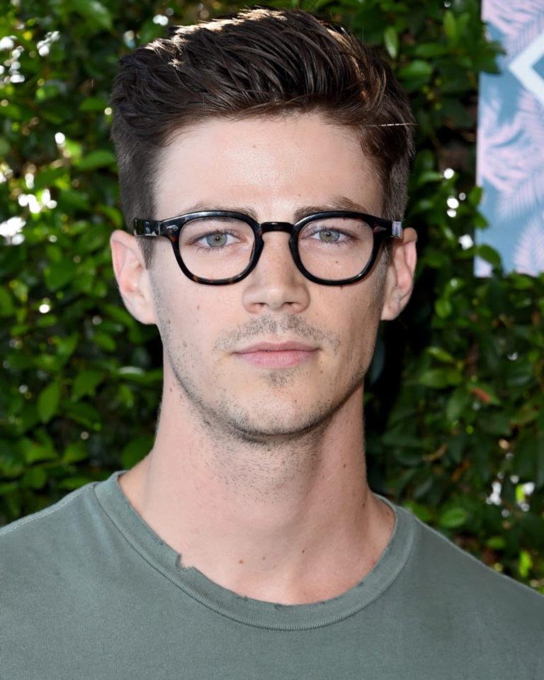 22 Männerfrisuren Mit Brille Um Cool Und Stylish Aussehen Neue