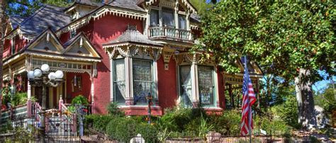 Eureka Springs Wedding Venues
