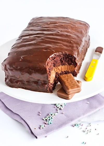 Raspberri Cupcakes Tim Tam Cake