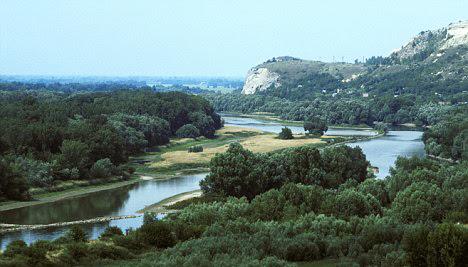 perierga.gr - Η γέφυρα του... Τσάκ Νόρις!