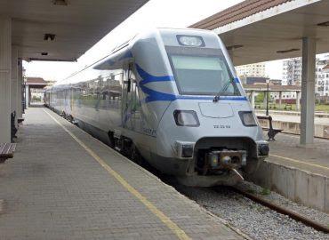 train-auto-rail-transport-algerie