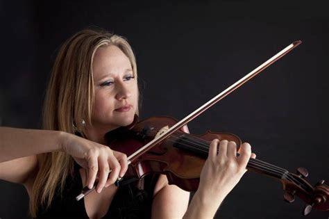 Rosie (Violin): Distinguished violinist for hire