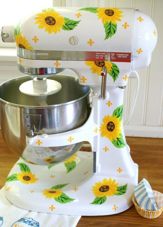15 Cheerful Sunflower Kitchen Decor Ideas - Shelterness
